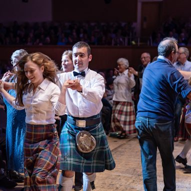 The Gay Gordons with the Scottish Fiddle Orchestra